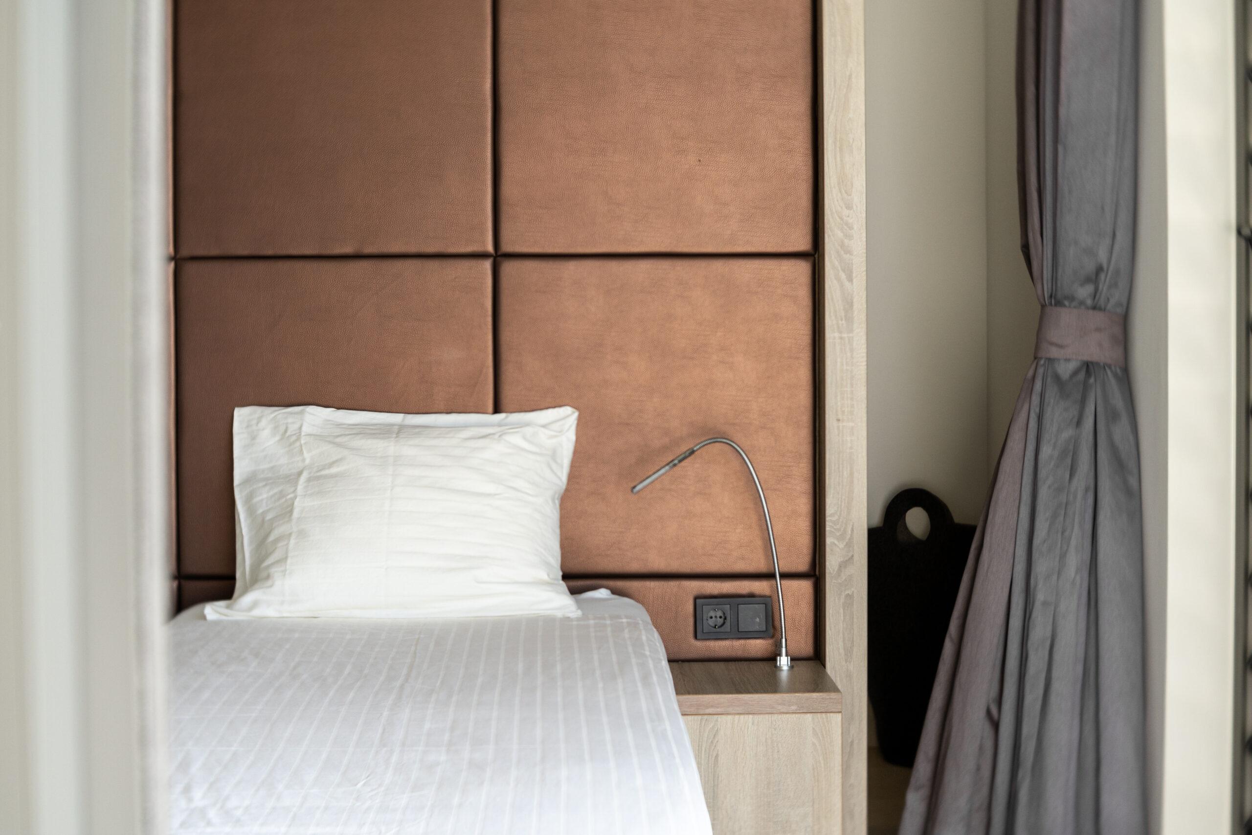 riccavitta- bedroom